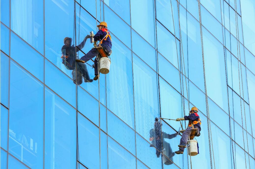 外墙清洗,怎么才能做到安全有效?